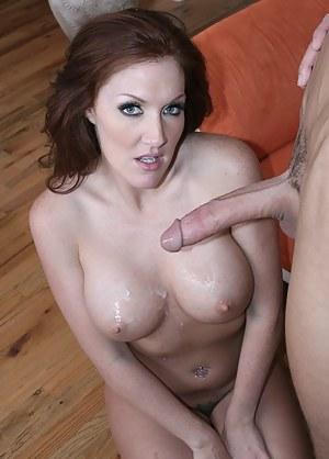 Free Moms Cumshot Porn Pictures