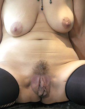 Pussy strap on porn