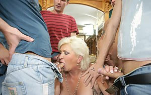 Free Moms Group Sex Porn Pictures