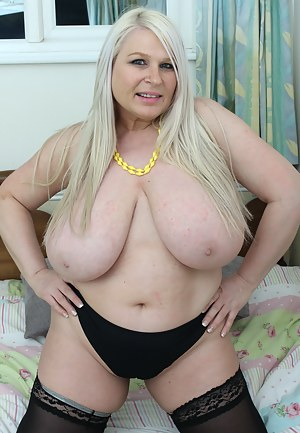 Free Fat Moms Tits Porn Pictures