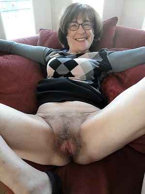 Pictures granny pussy Hot Granny